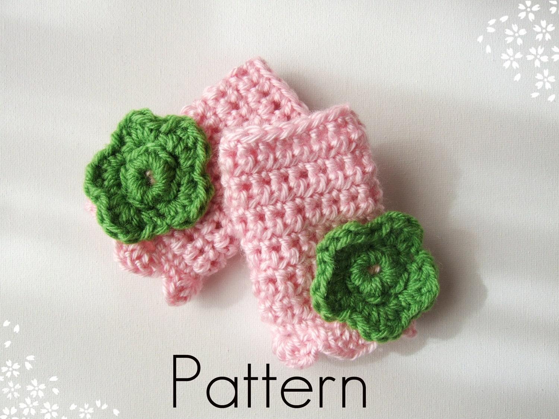 Crochet Pattern Childrens Fingerless Gloves with Crochet