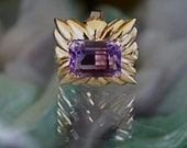 Vintage 14K Gold Ring with Emerald Cut Amethyst Stone / Ring Size 9