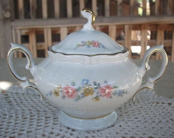 Wissterling Schwarzenbach Bavaria Germany Porcelain Sugar Bowl