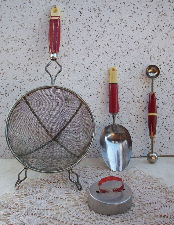 Vintage Kitchen Utensils with Red Handles by nenafayesattic