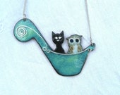 The Owl and the Pussycat enamelled necklace