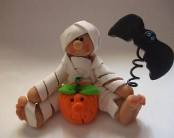 Polymer clay Halloween mummy, halloween decor, Halloween mummy, clay bat, clay mummy, debbies clay babies