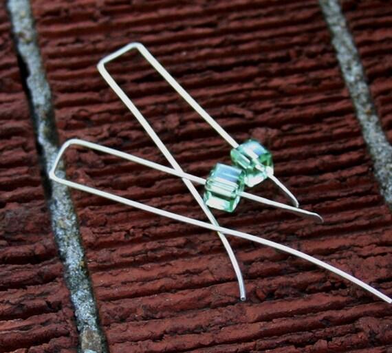 Modern Cube Earring Peridot Green