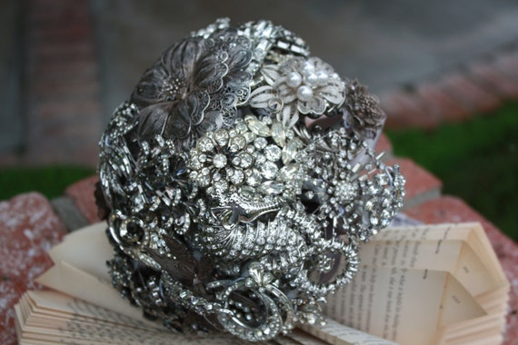 Brooch Bouquet with Vintage Rhinestone Brooches silver