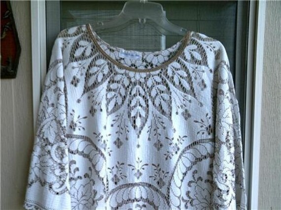 On Hold For Heather until 5-17-12. Please do not Buy Vintage lace Dress hippie boho, two toned lace with gold trim s-m  AMAZING