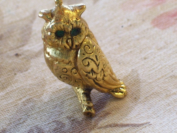 Owl Necklace, Vintage Wise Owl Perfume Locket Necklace, Owl Jewelry, Green Rhinestone Gold Plated Pendant Necklace, Owl Pendant