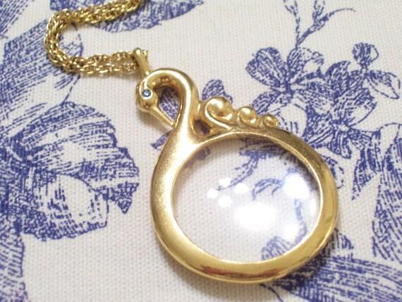Vintage Goldtone Blue Rhinestone Golden Swan Magnifier Magnifying Pendant Necklace