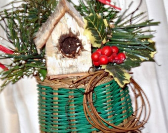 Wicker Mitten with White Birch Bark Birdhouse