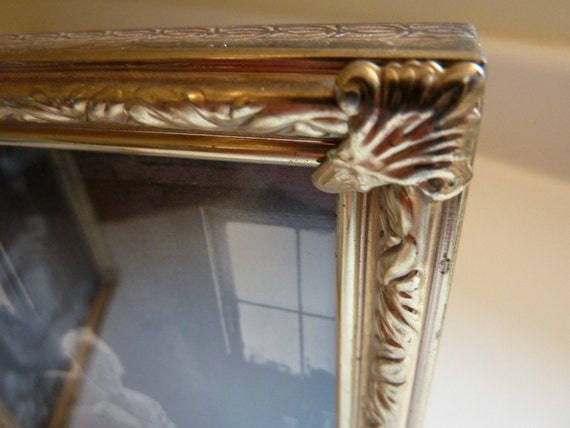 Vintage Folding Double Picture Frame 5 x 7 - Gold