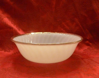 Bowl FireKing Milk Glass
