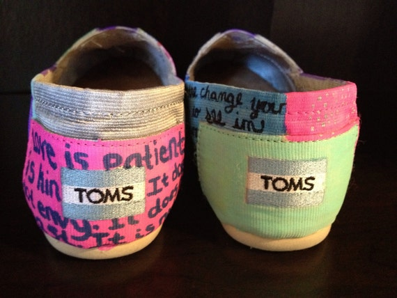 Personalized shoes.. Custom shoes.... Original painted shoes... Painted toms shoes.. Custom toms.... Women's custom shoes... Girls shoes...