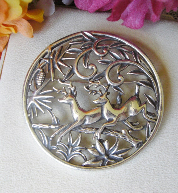 Book Piece Leaping Deer Pendant Brooch Sarah Coventry Large Woodland Flight