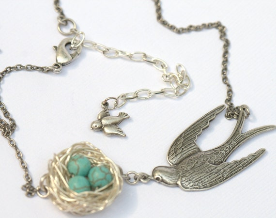 Personalized necklace 1 - 7 eggs Custom Birds nest. Turquoise Momma Mom grandmothers, best friends Personalized custom Birdsnest birdnest
