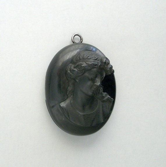 Antique Victorian Mourning Locket . Large Vulcanite Cameo .