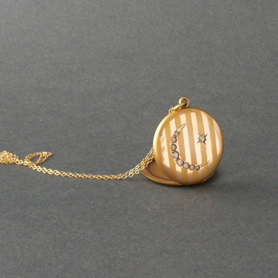 Victorian Moon & Star Locket . Striped . Crescent  .  Fischer .