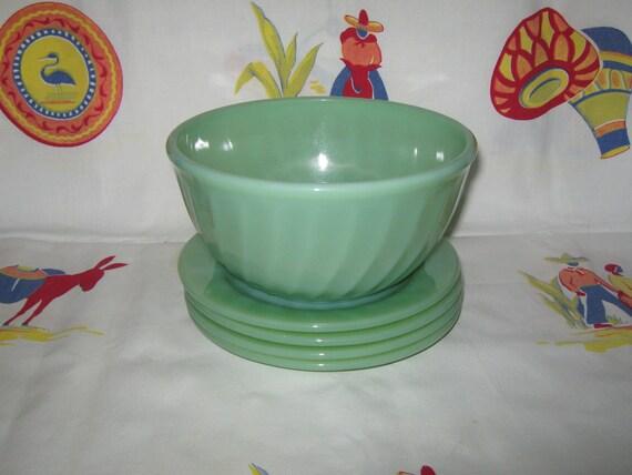 Vintage jadite jadeite swirl mixing bowl Fire King
