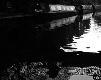Fine Art Photography - 'Regents Ripple' - A4 print (also available as A3, A2 and many other sizes). Regents Canal, London.