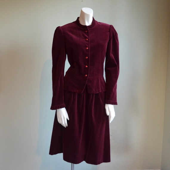 Burgundy Velvet Skirt Suit // Panther // 70s 80s