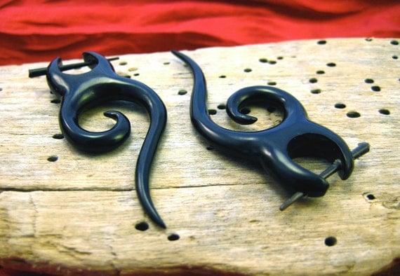 Post Earrings Spiral Drop Curl Black Horn Tribal Style - Gauges Plugs Bone Horn - PE010 H G2