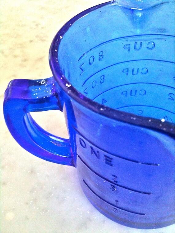 Vintage Cobalt Blue Measuring Cup.  Depression Glass 1930's