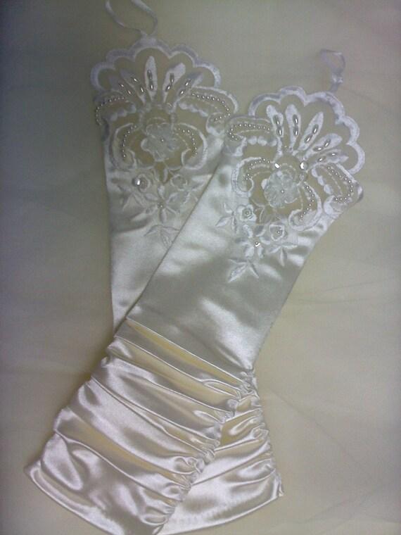 cream ivory fingerless gloves