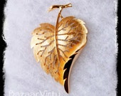 Leaf Brooch Pin, Crown Trifari, Gold Jewelry, Brooch, Gold Pin, Mothers Day Gift, Vintage Nature Jewelry