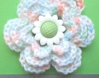 Irish crochet flower brooch / corsage in pastel colours