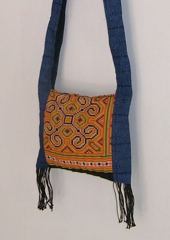 Vintage HMONG Cross-Over Hill Tribe Bag Fair Trade Thailand (160.103%)