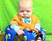 Owls bumbo cover with pocket and toy loops