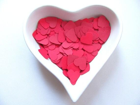 RESERVED Confetti - 200 paper hearts - Red - Valentine - Love - Decor - Birthday