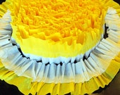Yellow and White Ruffled Crepe Streamer - Ruffle Garland - Summer Sunshine Party Decor - Customizable