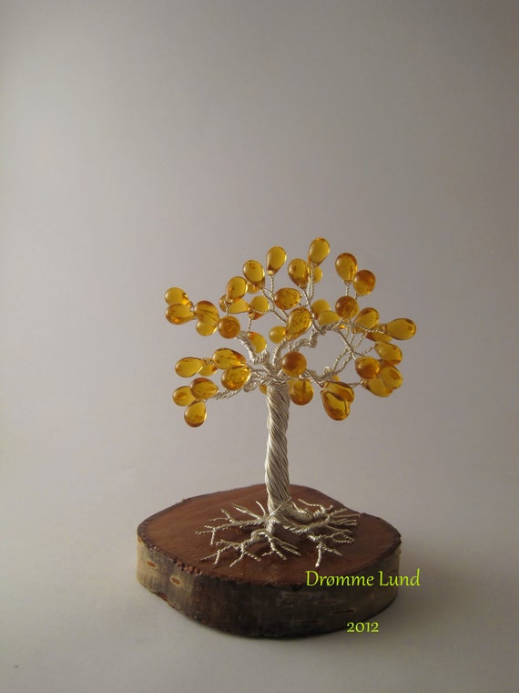 Elven Amber Willow (Wire Copper Tree Sculpture)