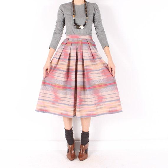 Vintage 80s // southwestern ikat midi skirt // dusty rose tan //  flowy  pleated  // xsmall small