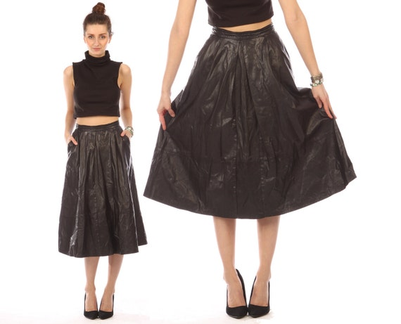 black leather skirt midi // vintage 80s // full pleated flowy // buttery soft // small