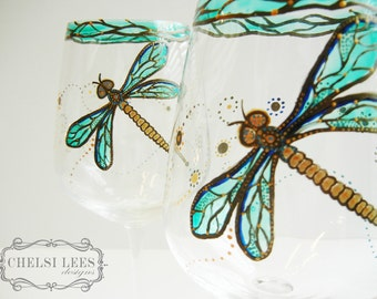 Set of 2- Hand Painted Wine Glass: Dragonfly Design