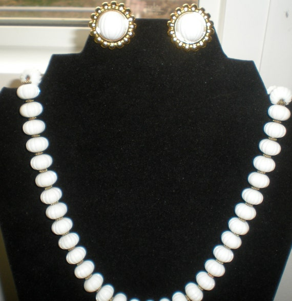 Monet white ribbed beaded necklace with matching clip earrings clearance