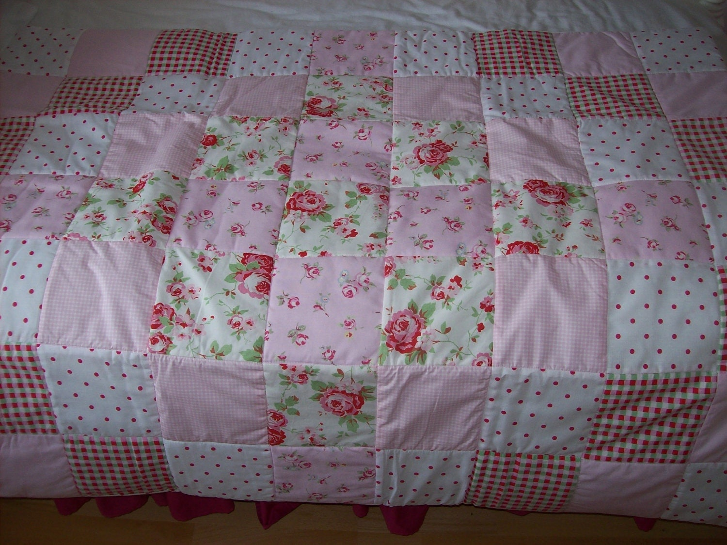 Cath Kidston Shabby Chic Patchwork Cot Or Bed Quilt Eiderdown