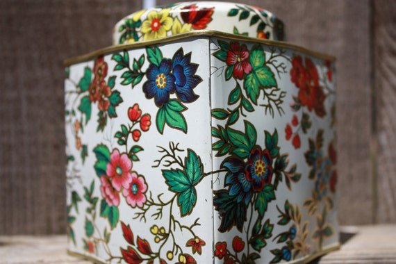 tin daher container and lid floral design vintage beauty storage organization vintage tin
