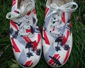 Vintage Palm Tree Canvas Sneakers. Ladie's Tennis Shoes. Black Gray Red. Keds Style Womens Shoes.  - Size 6 1/2