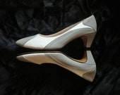 Vintage Gray/White Leather Spectator Pumps - Size 9 N