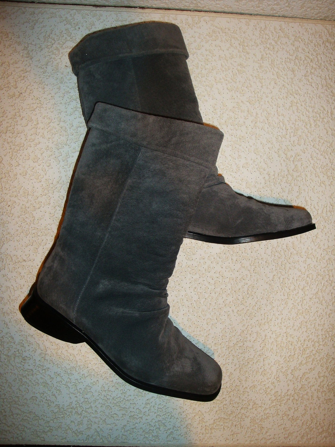 gray suede slouch boots shout out to the 80s s