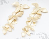 6 pcs Cascading Flowers Pendant Flower Connector Matte Gold Finish Unique Jewelry Findings // 21mm x 39mm // 1011-MG