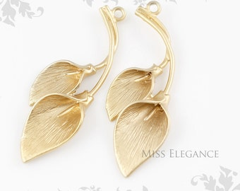 2 pcs Calla Lily Flower Pendants, Matte Gold Plated Unique Jewelry Findings// 16mm x 40mm // 4810-MG