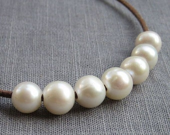 Potato Pearl Large hole pearl Freshwater Pearls leather pearl pearl necklace Round pearl White 8.5-9.5mm 10 Pieces 2mm Hole