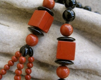 SALE Geometric Necklace ART DECO Modernist Style Statement Boho Beaded Red Jasper Black Onyx Bead Vintage 70s Mod Artisan Hand Made Knotted