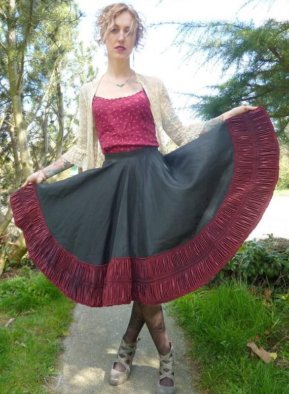 SALE 50s Rayon Crimson Ribboning Full Circle Skirt