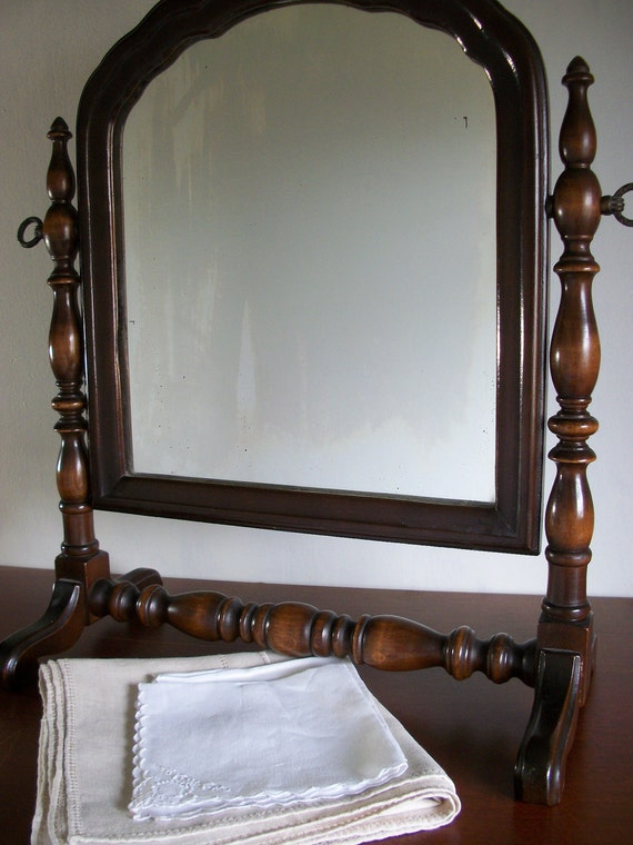 Stunning Vintage Turned Wood Dressing Mirror // Vanity // Cheval // Shaving