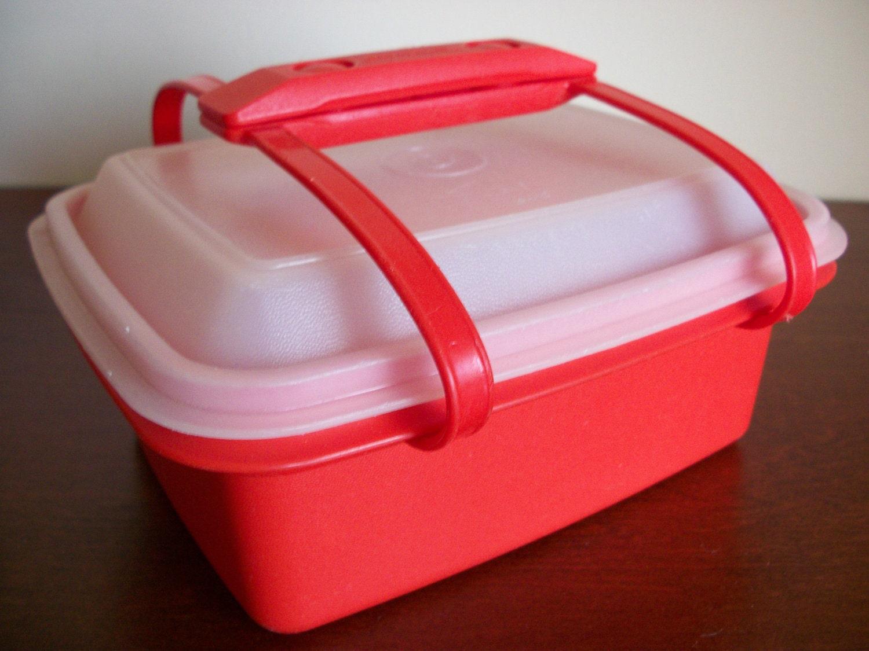 vintage red tupperware lunch box. Black Bedroom Furniture Sets. Home Design Ideas