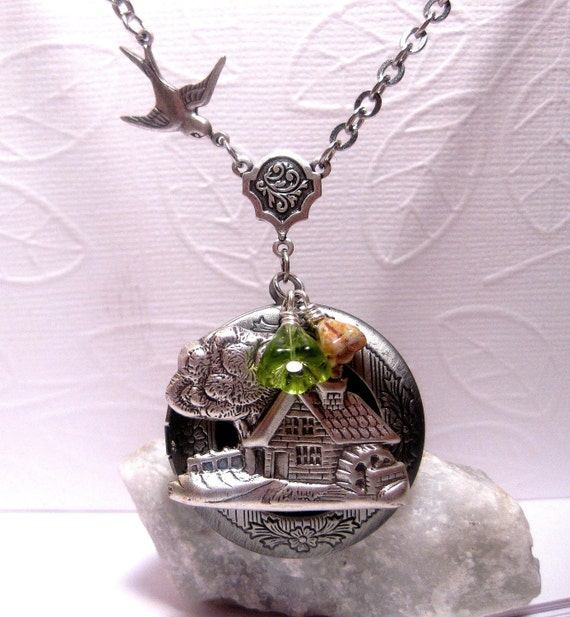Country Home Silver Locket Necklace With Bird And Green