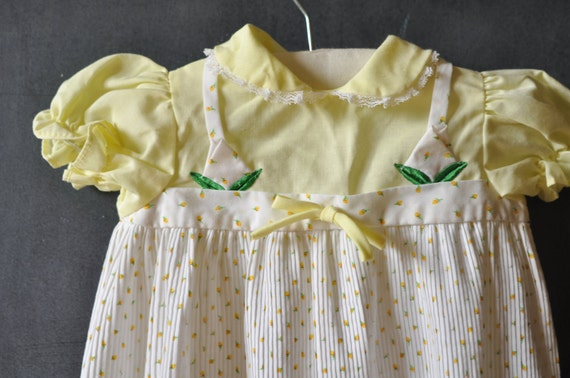 vtg baby girl dress, white, yellow and green, roses, floral, size 6 9 months